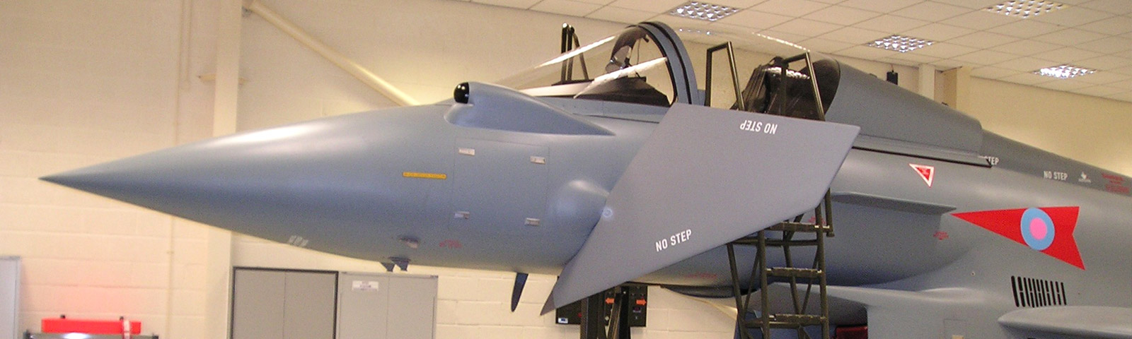 <h1>Specialist training simulators for defence</h1><a href='/defence/simulators/'>Find out more</a>