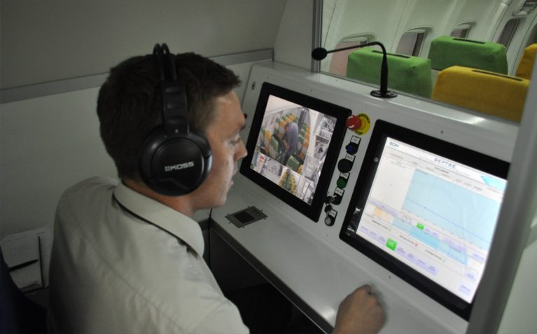 EDM LTD SEPTRE FLIGHT SIMULATOR